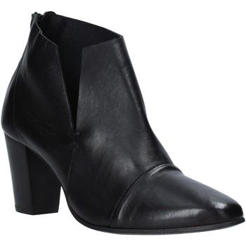 Schoenen Dames Enkellaarzen Mally 6877 Zwart