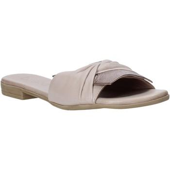 Schoenen Dames Leren slippers Bueno Shoes 9L2735 Beige