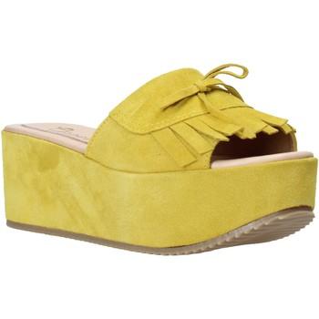 Schoenen Dames Leren slippers Grace Shoes C3 Geel