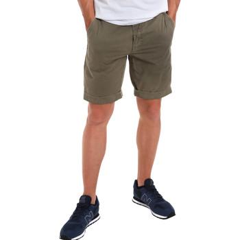 Textiel Heren Korte broeken / Bermuda's Gaudi 011BU25023WC Groen
