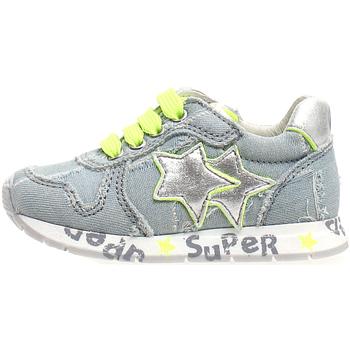 Schoenen Kinderen Lage sneakers Naturino 2013747-05-1C76 Grijs