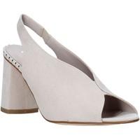 Schoenen Dames Sandalen / Open schoenen Comart 7B3418 Beige