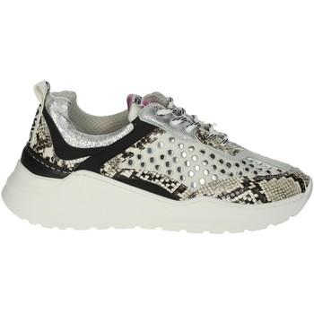 Schoenen Dames Lage sneakers Meline 532 Creamy white