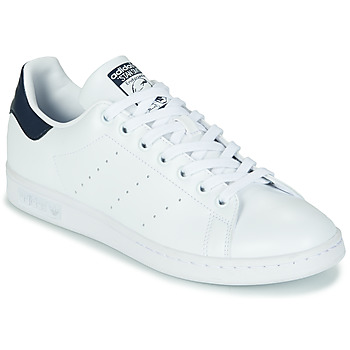 Schoenen Lage sneakers adidas Originals STAN SMITH SUSTAINABLE Wit / Marine