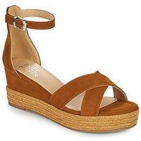 Schoenen Dames Sandalen / Open schoenen Bullboxer 268003F2T Bruin