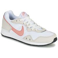 Schoenen Dames Lage sneakers Nike NIKE VENTURE RUNNER Wit / Roze