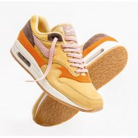 Schoenen Lage sneakers Nike Air Max 1 Bacon Wheat Gold Rust Pink-Baroque Brown