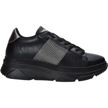 Schoenen Dames Lage sneakers Gold&gold B20 GA589 Zwart