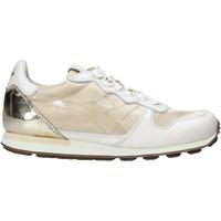 Schoenen Dames Lage sneakers Diadora 201172775 Beige