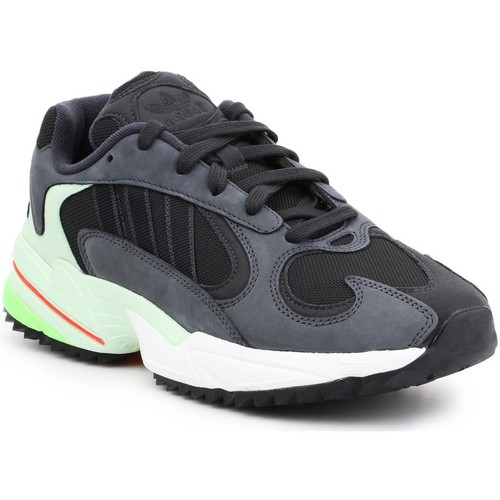 Schoenen Heren Lage sneakers adidas Originals Adidas Yung-1 Trail EE6538 black, grey, green