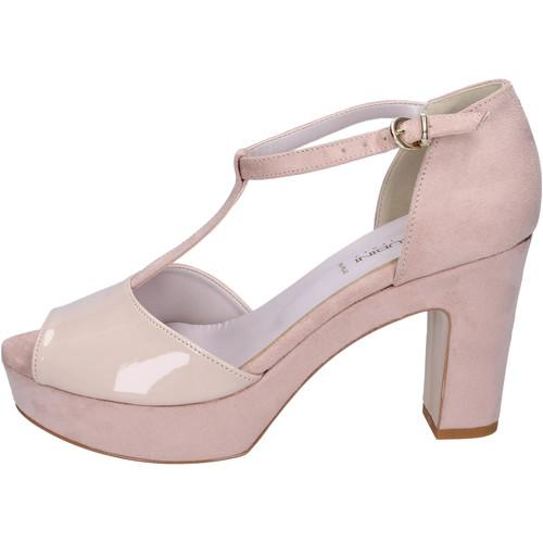 Schoenen Dames Sandalen / Open schoenen Olga Rubini Sandali Camoscio sintetico Vernice Beige