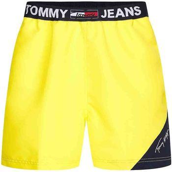 Textiel Heren Zwembroeken/ Zwemshorts Tommy Hilfiger UM0UM02067 Geel