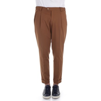 Textiel Heren Chino's Alessandro Dell'acqua AD7134J/G0162EJ Brown