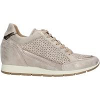 Schoenen Dames Lage sneakers Enval 72771 Beige