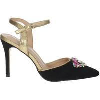 Schoenen Dames Sandalen / Open schoenen Menbur 22362 Black/Gold