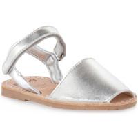 Schoenen Meisjes Sandalen / Open schoenen Rio Menorca RIA MENORCA METALIZADO PLATA Grigio