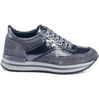Schoenen Dames Lage sneakers Lumberjack SW04805 010 V91 Grijs