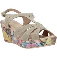 Schoenen Dames Sandalen / Open schoenen Melluso H037040 Beige
