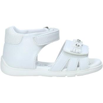 Schoenen Meisjes Sandalen / Open schoenen Chicco 01065700000000 Wit