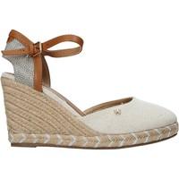 Schoenen Dames Sandalen / Open schoenen Wrangler WL11610A Beige