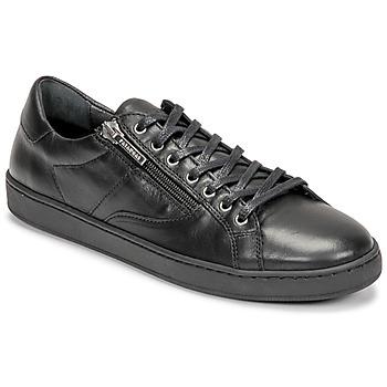 Schoenen Dames Lage sneakers Pataugas IRIS Zwart