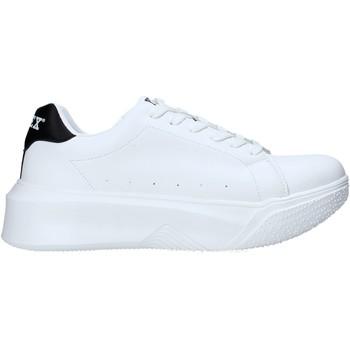 Schoenen Heren Lage sneakers Pyrex PY050130 Wit
