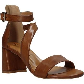 Schoenen Dames Sandalen / Open schoenen Grace Shoes 380034 Bruin
