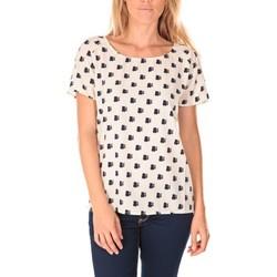 Textiel Dames T-shirts korte mouwen Vero Moda Racoon South Hamptons SS Top EA Écru Beige