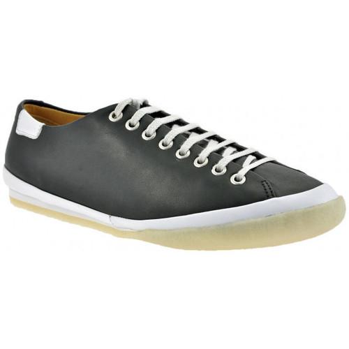 Schoenen Heren Lage sneakers Clarks  Zwart