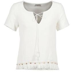 Textiel Dames Tops / Blousjes Betty London ECHRALE Ecru