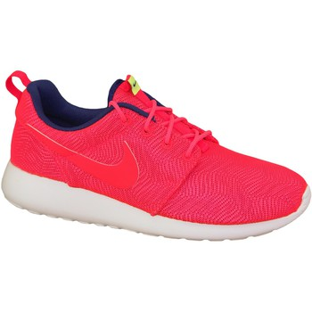 Schoenen Dames Sneakers Nike Roshe One Moire Wmns 819961-661 Red