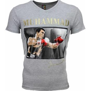 Textiel Heren T-shirts korte mouwen Mascherano T-shirt - Muhammad Ali Glossy Print 35