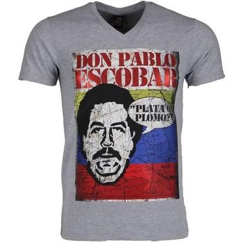 Textiel Heren T-shirts korte mouwen Mascherano T-shirt - Don Pablo Escobar 35