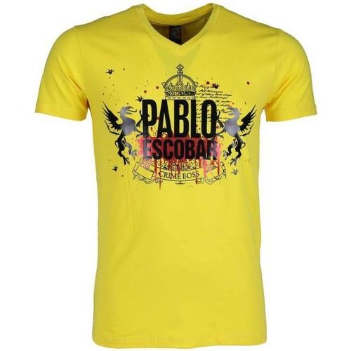 Textiel Heren T-shirts korte mouwen Local Fanatic Pablo Escobar Crime Boss Geel