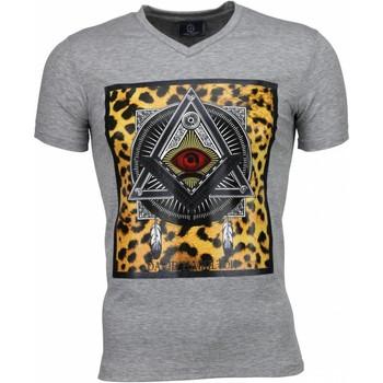 Textiel Heren T-shirts korte mouwen Local Fanatic Mason - T-shirt 35