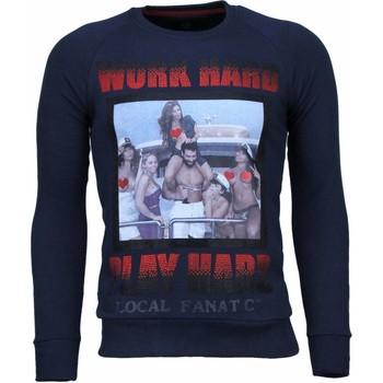 Textiel Heren Sweaters / Sweatshirts Local Fanatic Bilzarian - Rhinestone Sweater Blauw
