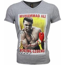 Textiel Heren T-shirts korte mouwen Mascherano T-shirt - Muhammad Ali Zegel Print 35