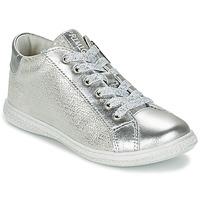 Schoenen Meisjes Lage sneakers Primigi SUTRE Zilver