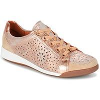 Schoenen Dames Lage sneakers Ara ZIMELLE Roze / Metaal