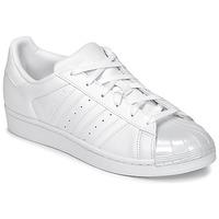 Schoenen Dames Lage sneakers adidas Originals SUPERSTAR GLOSSY TO Wit