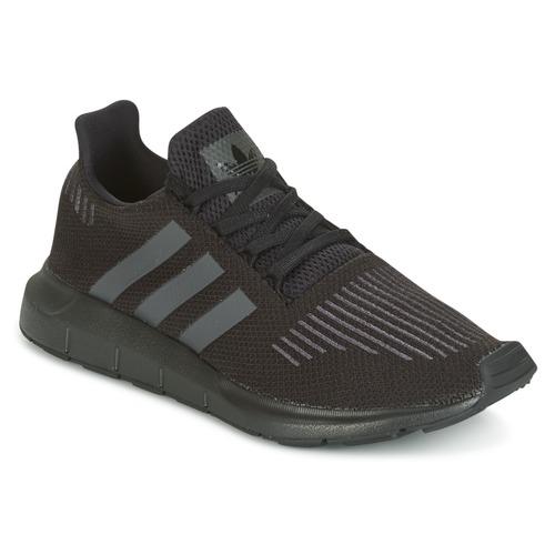 reputable site caba6 1502b Schoenen Kinderen Lage sneakers adidas Originals SWIFT RUN J Zwart