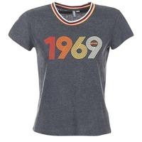 Textiel Dames T-shirts korte mouwen Rip Curl ROMIE TEE Grijs