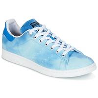 Schoenen Lage sneakers adidas Originals STAN SMITH PHARRELL WILLIAMS Blauw