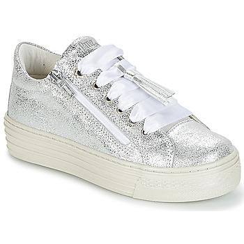 Schoenen Meisjes Lage sneakers Primigi RAPATITE Zilver