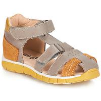 Schoenen Jongens Sandalen / Open schoenen GBB SPARTACO Vtc /  taupe-fauve / Dpf / Live