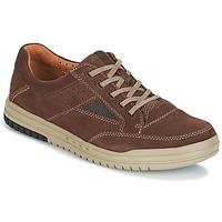 Schoenen Heren Lage sneakers Clarks UNRHOMBUS GO Bruin / Nub