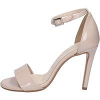 Schoenen Dames Sandalen / Open schoenen Olga Rubini sandali beige vernice BY289 Beige