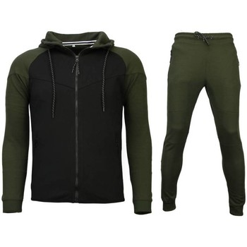 Textiel Heren Trainingsbroeken Style Italy Trainingspakken Windrunner Basic 25