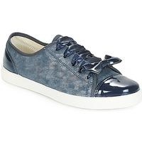 Schoenen Dames Lage sneakers André BOUTIQUE Blauw