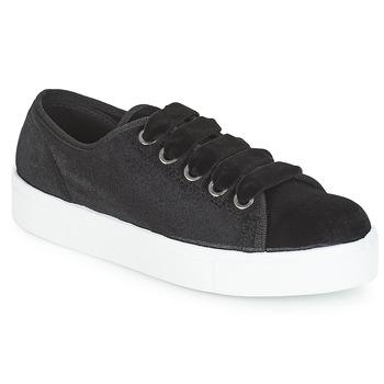 Schoenen Dames Lage sneakers André TAMMY Zwart